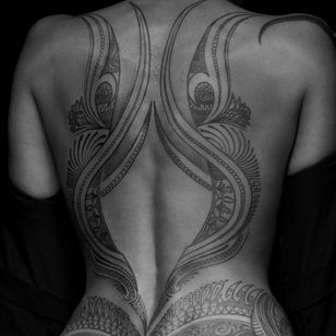 #backpiece #linework #blackwork #decorative