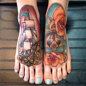 #neotraditional #color #ship #crown #rose #foot #EiloMartin