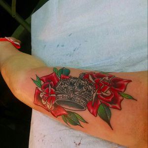 My fourth tattoo was done by Troy Clements at the Baltimore Tattoo Convention in 2015. #roses #crown #baltimoretattooconvention #baltimore