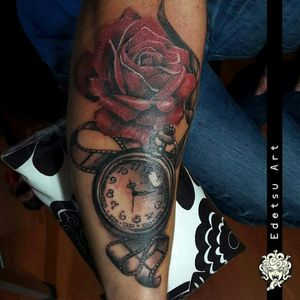 On time! #clocktattoo #rosetattoo #rose #clock #blackandgrey #filmtattoo