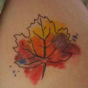 Small maple leaf on my left leg, my great grandma and myself are watercolor artists, and being from vermont the maple leaf means a lot #mapleleaf #802 #vermont #watercolor