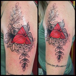 Ornamental and hibisco flower by @renetattoo #sevenstarstattoo #brasiltattoo #tattoo #tatuagem #sptattoo #spink #saopaulo #tattoobrasil #tattooing #tattooink #tattooist #tattoo2me #tattoolife #tattoomagazine #tattoodo #feminino #TattooGirl #flower #hibisco #blackworkers #tatuagensfemininas #tatuagemfeminina #ink #inked