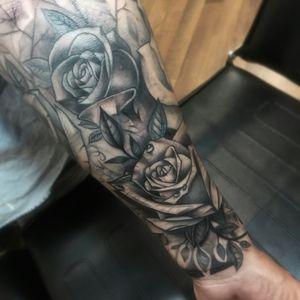 #roses #blackandgreytattoo #blackandgreysleeve   #blackandgreyrose