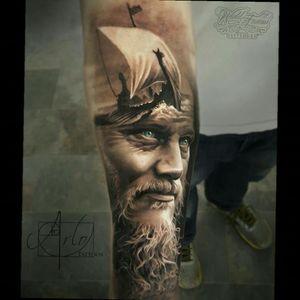 This Vikings piece is incredible work by arlo tattoos 👌 #realistic #Vikings #talent #ink