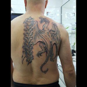 #fineline #linework #tattooblackwhite #medievaldragon #tattootracofino #tattoorealism