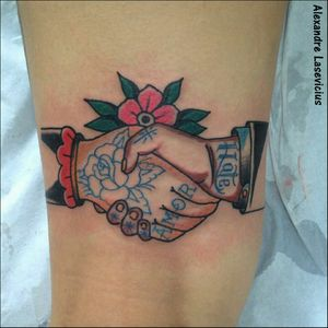 Artist by @alexandrelasevicius #classictattoos #loveclassictattoos #traditionaltattoo #tradtattoo #tatuagemtradicional #tatuadoresbrasileiros