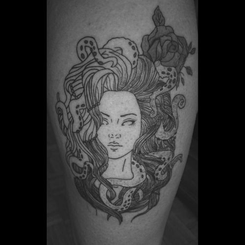 #Selfmade #Medusa #leg #Tattoo #killerink #electrumstencilprimer