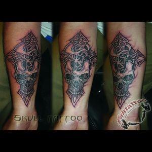 #skulltattoo #cranetattoo #joigny #inked #tattoo #tatoueur #tattoodrawing #faktattoo #tatooed #ink