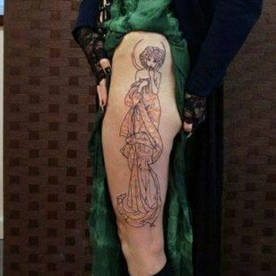 Based on an Mucha painting. Line work down. Still a long way to go but looks pretty cool already #AlphonseMucha #wip #figurative #sketchytattoo #kakapoink #linework