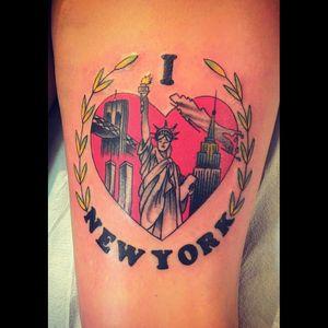 #ilovenewyork #NickBryant #wolfantlers #heart #iheartnewyork #statueofliberty #twintowers #newyorktattoo #newyork #longisland #brooklynbridge #nyc #backofthigh #backofthethigh