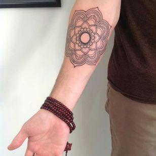 #mandala #linework #nztattoo #kakapoink #sketchy.tattoo