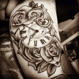 #blackandgrey #tattoodo #sleeve #clock #roses