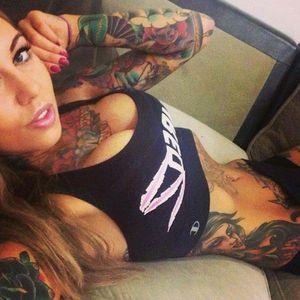 #girlofday #tattoedgirl #hotgirl #2of30