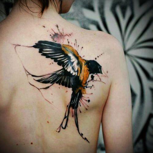 Just amazing... #beautiful #details #bird #color #colortattoo  #tattoo #backpiece #backtattoo #like #amazingwork