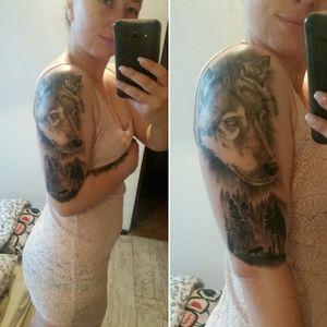 Wolf & forest 👑💕 #wolf #tattoo #tattoowolf #blackandgrey #blackandgreytattoo #foresttattoo