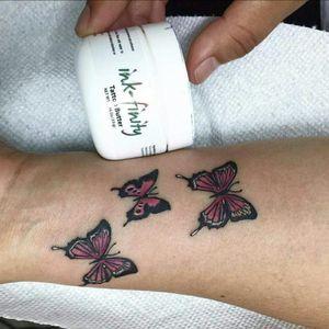 When we say artist recommended we mean it. #tattoos #tattooartists #tattooed #tattoobabes #truelovecartel #tattooaftercare #tattooshop #tattooartistmagazin #inked