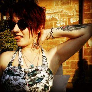 #girlswithtattoos #tattooedladies #tattooesthatmakeyouhappiest #sunset