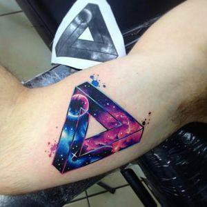 By #AdrianBascur #space #galaxy #nebula #triangle