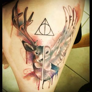 I absolutely love this one!! 😍 #harrypotter #deathlyhallows #hedwig #stag #watercolor