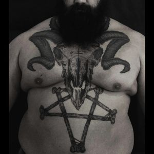 Ram skull with pentagram! #dotwork #blackworktattoo #blackworktattoo #dotworktattoo #ramskull #ram #pentagram #chestpiece #tattoo #skull