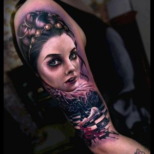 #colorfulltattoo #colorful #portrait #ColourPortrait #chesspiece #chess #blood #old #Tattoodo #tattoo