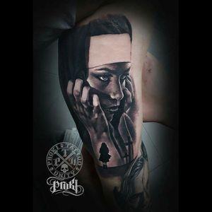 #sexytattoogirl #SexyTattoos #TattooGirl #portrait #realistic #silhouette #graveyard #gravestone #dark #darkmark #blackwork #dreamtattoo #tattoo #blackandgrey #blackandgreytattoo #eyetattoo #eye #horror #storytelling