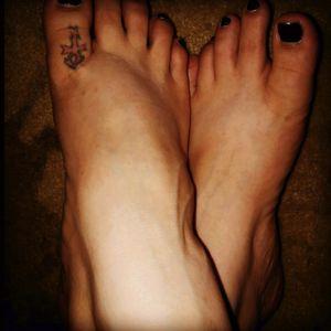 My second tattoo. #ankh #toe #small #smalltattoo #redandblack