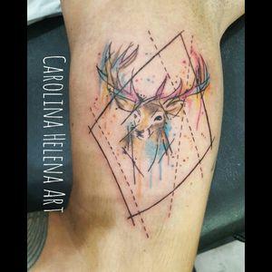 #flashtattoo #deer #deertattoo #geometricwatercolor #geometrictattoo #watercolortattoo #animaltattoo #tattoobrazil #tattoorj #femaletattooartist #femaletattooer #carolinahelenaart
