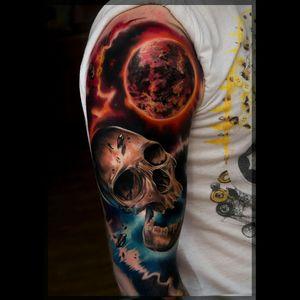 #color #universe #universum #scull #tattoo #ink #colorfulltattoo #colorful #sleeve #Tattoodo #tattoo #original