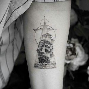 By #balazsbercsenyi #ship #ocean  #waves #dotwork #geometric #blackwork #triangle