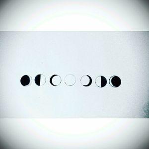 🌒🌓🌔🌕🌖🌗🌘 #tete #tattoo #sketch #sketchtattoo #moonphases #zen #spiritual #personal #pencil