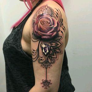 By #ryansmith  #rose  #dotwork  #geometric  #jewel