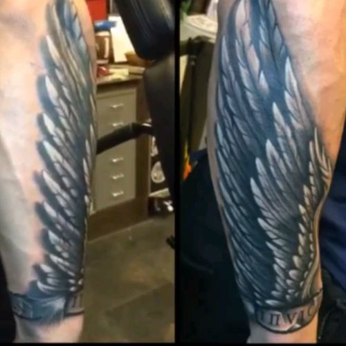 INVICTUS ANIMA, the unconquerable soul... Next one I want inked. The band on the bottom says  INVICTUS ANIMA #megandreamtattoo