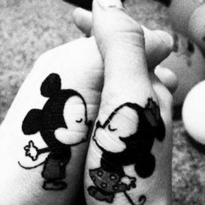 #tattoo #Mickey #tattoomickeymouse #tattoomickey #couple #lover #tattoolover #tattoolove #kiss #kissingcouple #disney #disneytattoo #tattoomickey