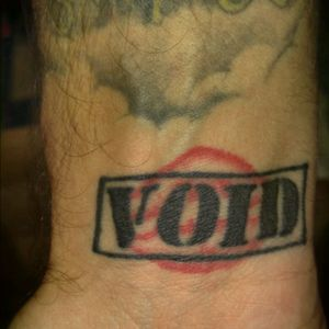Started off with my girlfriend's lips, about 6 months after we split up the void stamp was added lol #voidtattoo #inkedandsingle #inkaddict