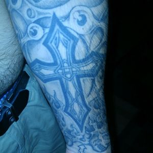 Celtic cross on my forearm #celticcross #neverenoughink #inkaddict #tattooedfromheadtotoe