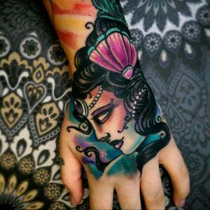 Hand done by me. #oldlines #uktta2016 #tattoodo #uktta #handtattoos #real_traditional #neotraditionaltattoo #neotrad #tattoosnob #neotrad #neotradsub #ntgallery #thenewtraditionalistseurope #tattooartistmagazine #liverpooltattooartist #liverpooltattoo #tattooliverpool #tattooworkers #tattoo_work #inkjunkies #the_best_tattoos_magazine #sketch #tattoodesign #neotradart #ladyheadtattoo #gypsyheadtattoo#killerink #eikon #fusionink
