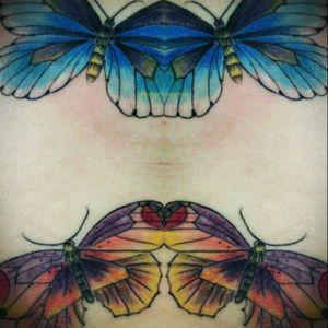 Ainda das borboletas da lindíssima Marielly, muitas cores, obrigada😉 #tattoofeminina #tracosfinos #delicada #tats #tatuaje #flowers #flores #borboleta #colors #tattoocolors #TatuadoraBrasileira #robertamarela #robertanogueira #worktattoo