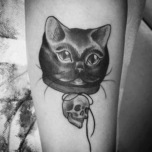 Kitty tattoo on customer #cat #cattattoo #skull