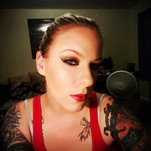 Lady in red #tattos #girlswithink #red #ladyinred #urbandecay #katvond #katvondbeauty #cateyes #redlips
