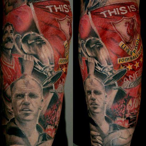 Lfc tattoo #yarotattoo #tattoo #realistictattoo #liverpooltattoo #liverpool #lfc #liverpoolfootballclub #youllneverwalkalone #ynwa #soccer #footballplayer