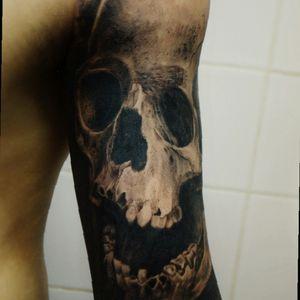 #skull #skulltattoo #bngsociety #calavera #realismtattoo #realism #tattoo #tattoorealism #blackandgrey #juanemiliolorenzo