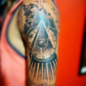 #rafa-Tattoo #arm_tattoo #piramid #blacandgrey