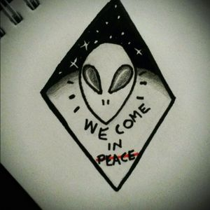 👽 #tete #tattoo #alien #tattooapprentice #alientattoo #sketchtattoo #sketch #personaldesign #myowndesign