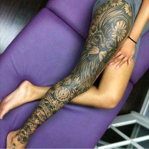 #leg #legsleeve #lion #animal #cat #scroll #quote #words #blackonblack