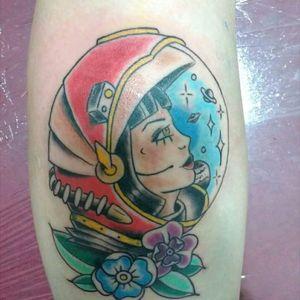 #astronaut #girl #traditional_tattoo