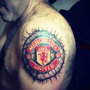 Realistic manchester united logo. #inkmachinestingray #ezcartridge #panterablackink #fusion_tattoo_ink #eternal #blackandgray #realistic #MUFC #red_devils