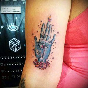 Seer's hand