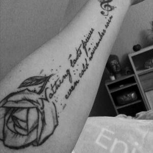 #forearm #scriptattoo #GunsNRoses #rose