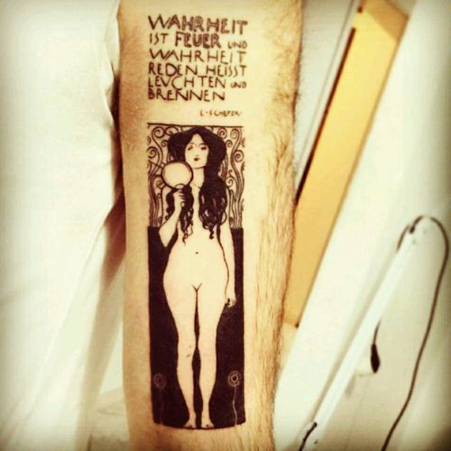 #nudaveritas #klimt #blacktat #blacktattoing #Black #art #art_collective #Art_motive #arttattoo #ArtTattoos #girl #truth #nakedarttattoos #NakedLady #nakedladies